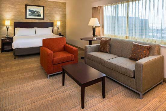 Photo of Holiday Inn & Suites Chicago O'Hare Rosemont