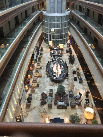 Mariana at Crowne Plaza Suzhou: 深夜酒吧