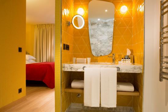 standard rdc picture of artus hotel by mh paris tripadvisor rh tripadvisor com