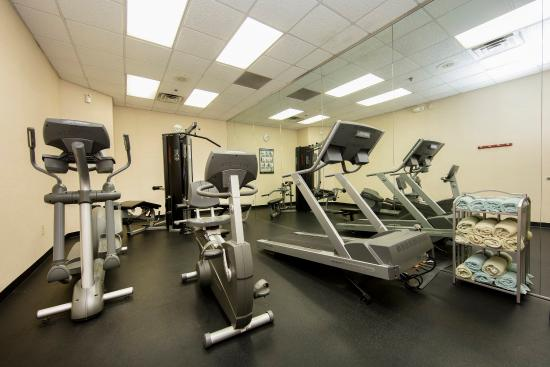 Athens, جورجيا: Cardio until your hearts content at Holiday Inn Express