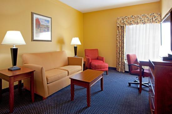 Port Wentworth, GA: Suite