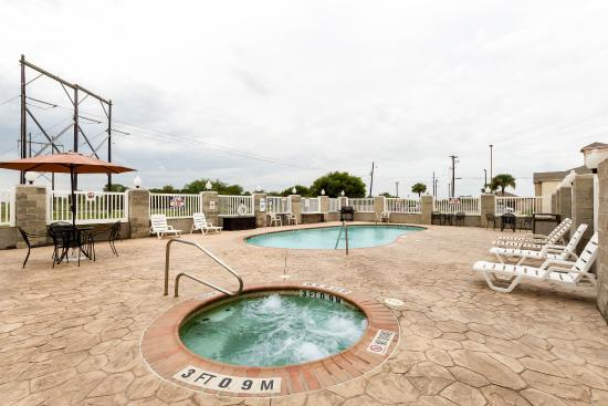 Ingleside, TX: Hot tub