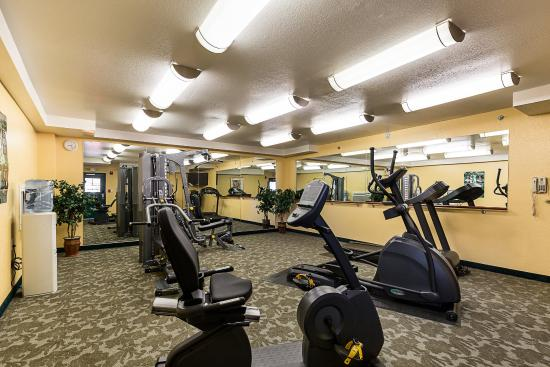 Quality Inn & Suites Beachfront: Fitness Center