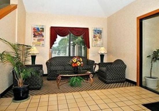 Travelers Rest Inn: Lobby