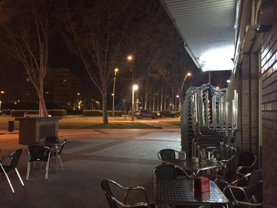 Terraza De Noche Picture Of Bar El Pilon Zaragoza