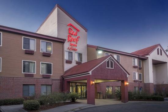 Red Roof Inns & Suites Savannah Airport Pooler