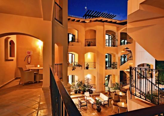 Acanto Boutique Hotel and Condominiums Playa del Carmen Mexico: Private terraces and balconies