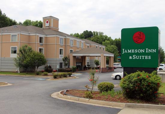 Jameson Inn And Suites Riverdale