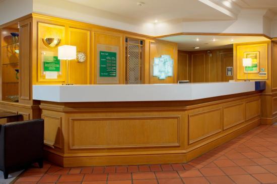 Wrotham Heath, UK: Bar and Lounge
