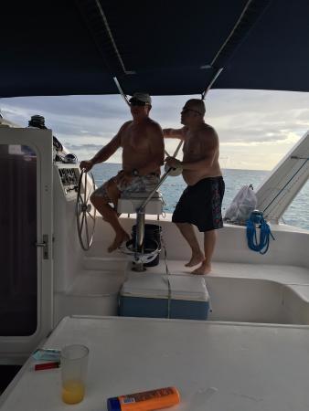 Simpson Bay, St-Martin/St Maarten: Captain Ian imparting his years of sailing wisdom