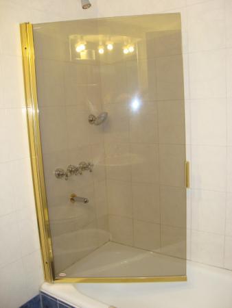 Hotel Aiello: habitación baño