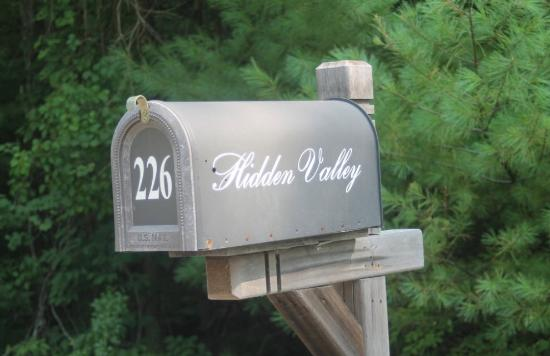 Hidden Valley Bed & Breakfast: mailbox