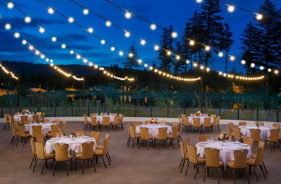 Suncadia Resort: Suncadia Village Amphitheater