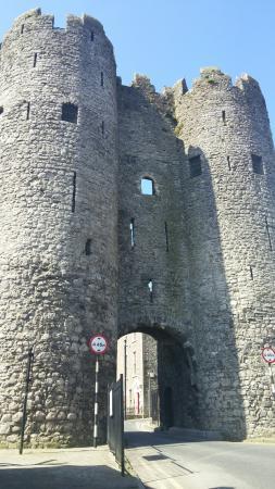 Ντροχέντα, Ιρλανδία: St. Laurence Gate