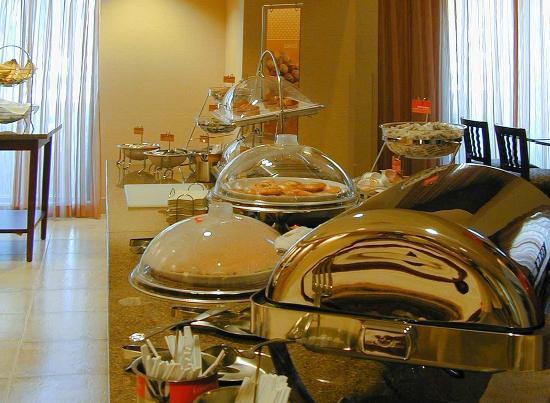 Highland, Kalifornien: Breakfast Area