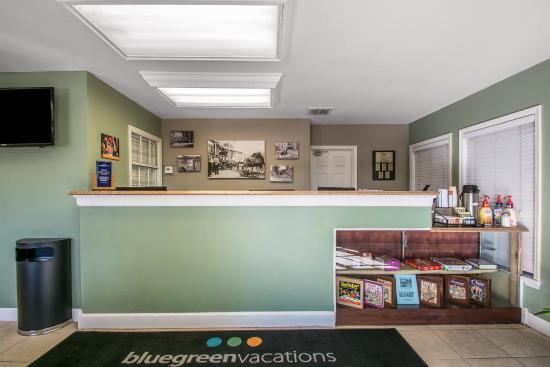 Orlando's Sunshine Resort: Interior