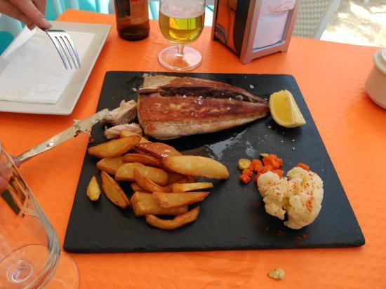 La Azohia, Spanien: El sábado pasado comimos aquí y la comida espectacular al igual q los camareros muy amables un 1