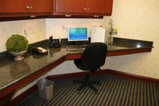 Morehead, KY: Business Center