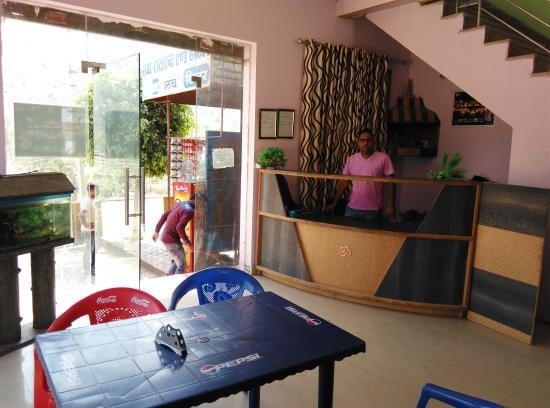 BaBa Hotel & Restaurant