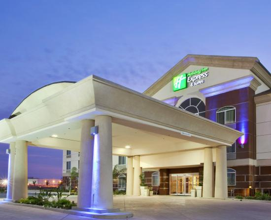 Photo of Holiday Inn Express Dinuba West