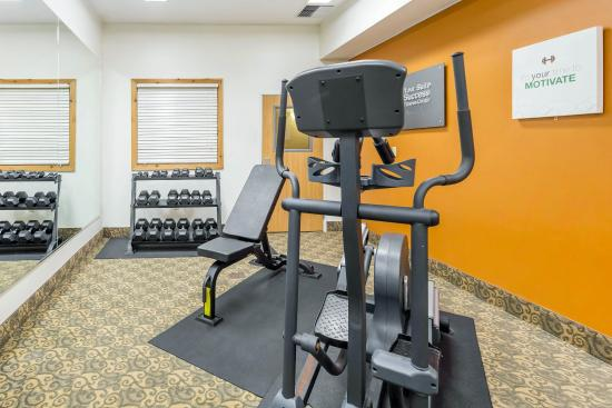 Comfort Suites Anchorage International Airport: Fitness center