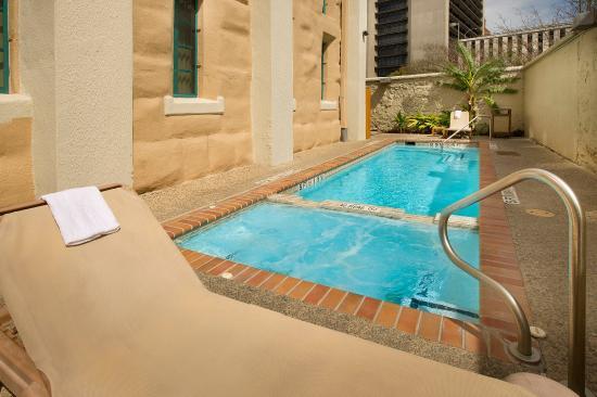 Photo of Holiday Inn Express San Antonio N-Riverwalk Area