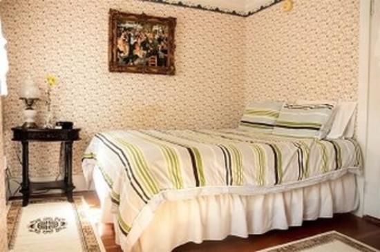 The Ogunquit Inn : Room JPG