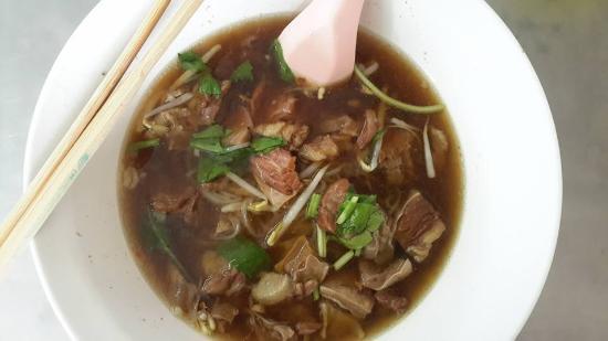 Watthanaphanit Noodle