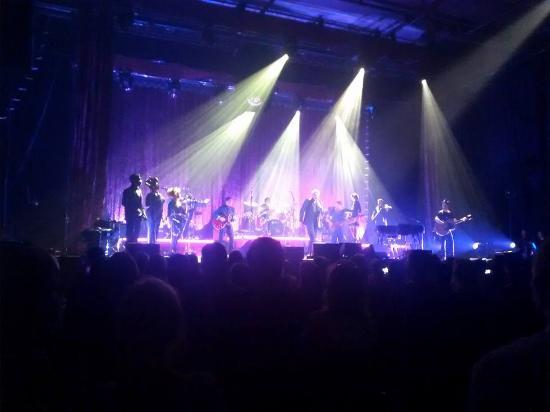 Swiss Life Hall: Bryan Ferry von der 9. Sitzreihe