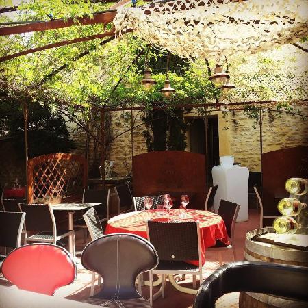 Cabrieres-d'Avignon, Francia: Le Vieux Bistrot