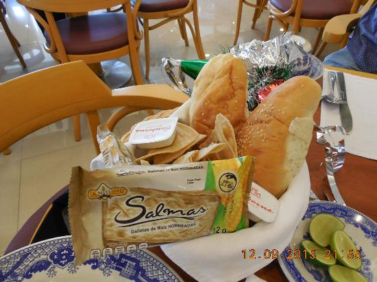 Sanborn's : Food