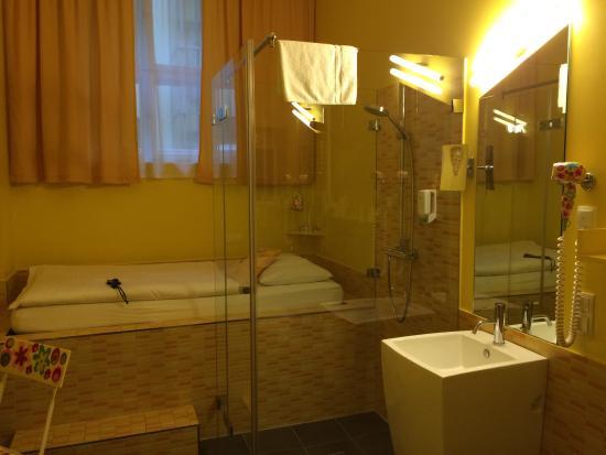 Hotel 38 : photo9.jpg