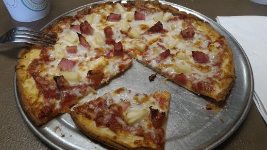 Ellisville, MO: Hawaiian pizza. Thin soft crust.