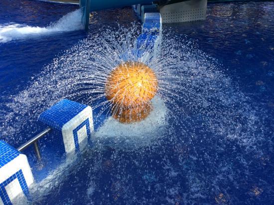 Familien Wellness Residence & Hotel TYROL: Particolare piscina esterna