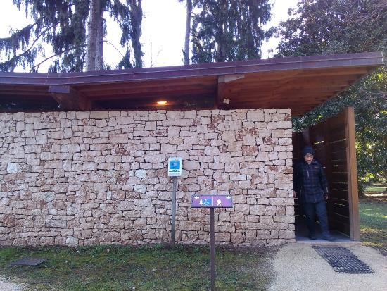 Valdagno, Ιταλία: bagni pulitissimi..sempre nell parco