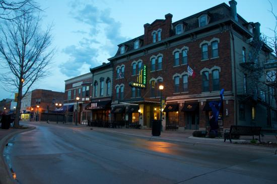 The Black Hawk Hotel: The Blackhawk Hotel at Dusk