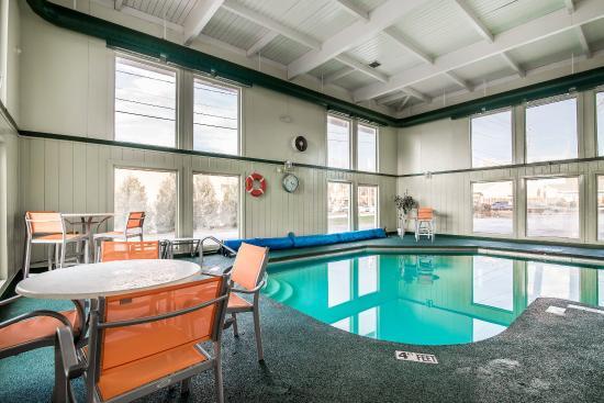 Rutland, VT: Pool