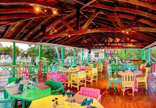Turneffe Island, Belice: Our new outdoor patio