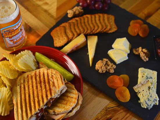 Otter Creek Brewing: Cheese Plate