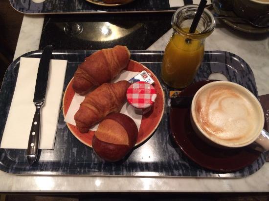 Townhouse Boutique Hotel: Petit Déjeuner