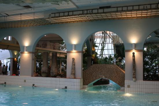 piscine interieure photo de center parcs le domaine de port zelande ouddorp tripadvisor. Black Bedroom Furniture Sets. Home Design Ideas