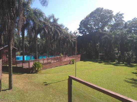 Jardin America, Argentina: Linda piscina externa