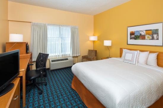 Fairfield Inn & Suites San Antonio Airport/North Star Mall: Queen Room