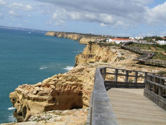 ‪‪Carvoeiro‬, البرتغال: Cliff Top Views from the Boardwalk‬