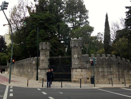 Hotel Alif Avenidas: jardin Gulbekian à deux pas