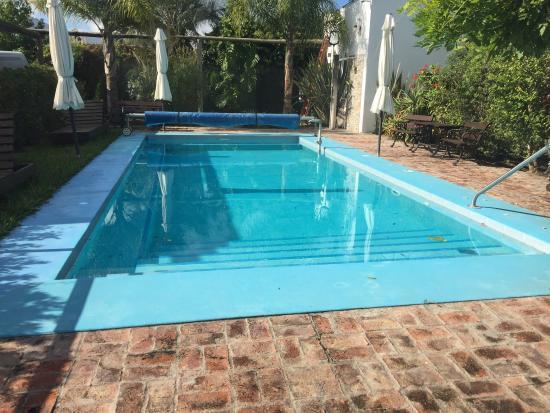 Hotel lamas santa lucia uruguay opiniones y for Precio piscina climatizada