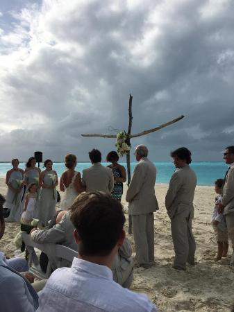 Treasure Cay, Great Abaco Island: Here Comes The Sun and The Bride!!!