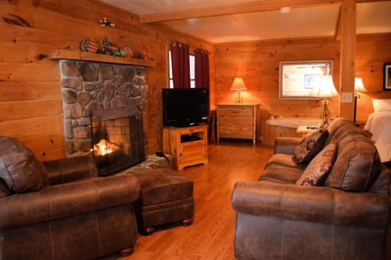 Harman 39 S Luxury Log Cabins Updated 2017 Cottage Reviews Price Comparison Wv Tripadvisor