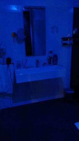 Luce Per La Notte.Luce Per La Notte Picture Of Hotel Ibis Styles Catania