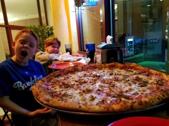 Antonino Bertolo's Pizza and Wine Bar: 20160406_194932_large.jpg